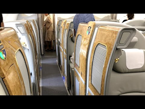 EMIRATES FIRST CLASS AUCKLAND TO MELBOURNE (2018 - A380)