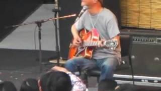 2009年5月5日春一番での木村充揮のステージから「あたしの彼氏」