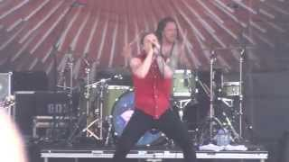 Download Festival 2012 Shinedown - Devour
