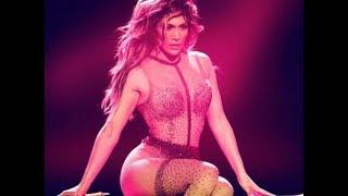 Известная певица порадовала поклонников эротическим фото