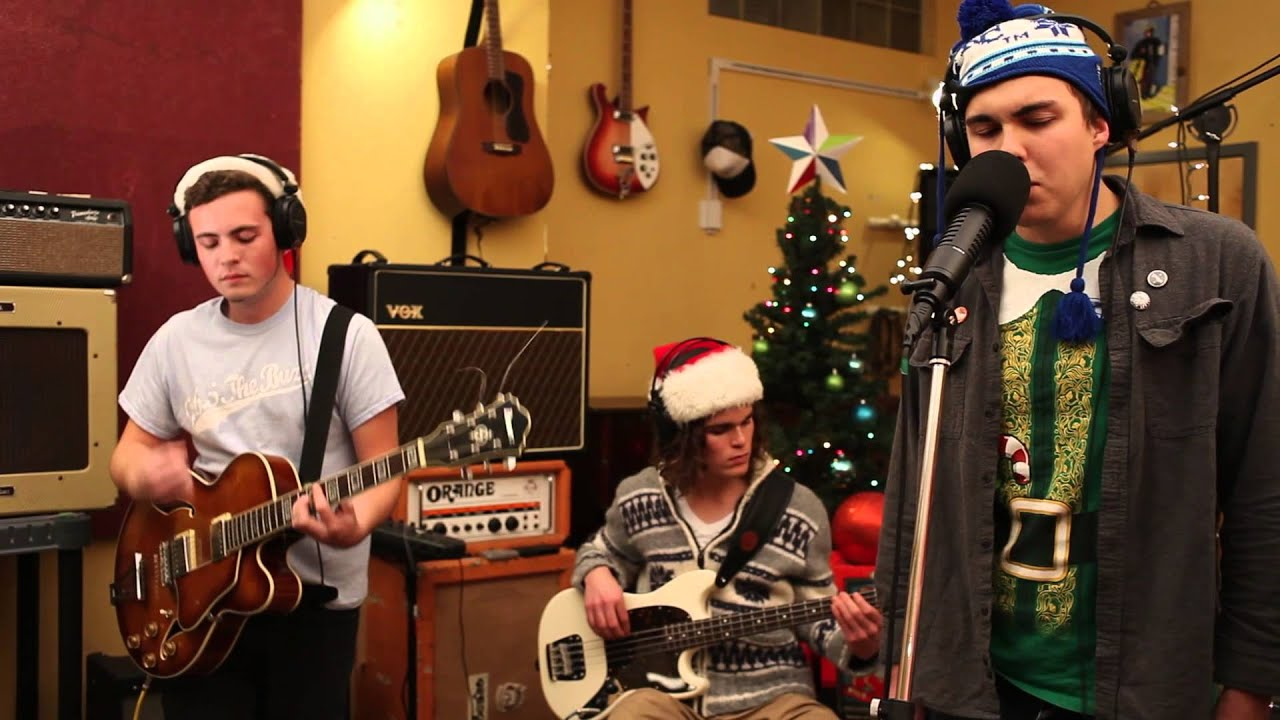 Father Christmas performed by Rev Gusto (The Kinks) - YouTube