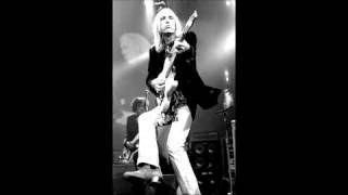 Watch Tom Petty Echo video