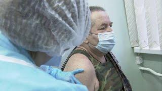 В Москве смягчают защитные меры, введенные из-за коронавируса.