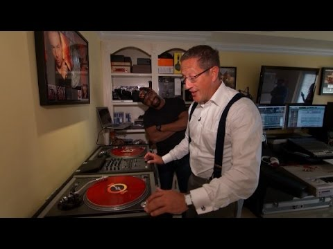Famed Florida DJ spins for Hillary Clinton