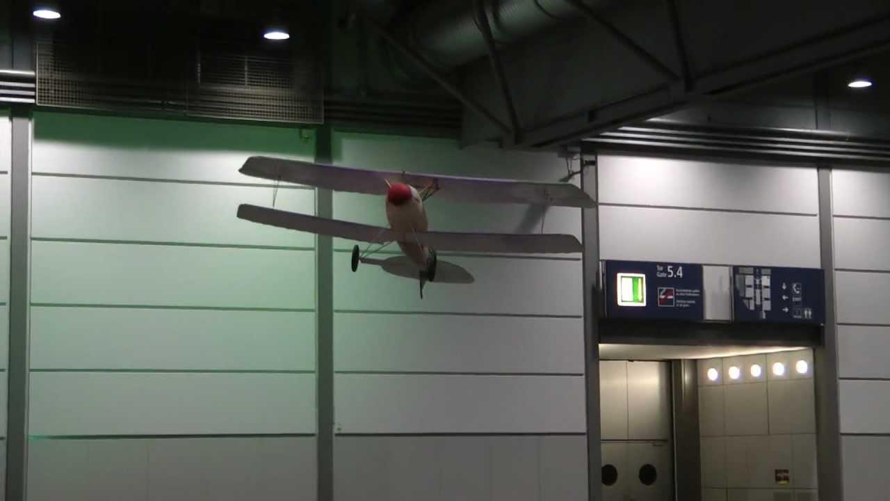 modell-hobby-spiel 2012 - Albatros D.V Indoor Action - YouTube