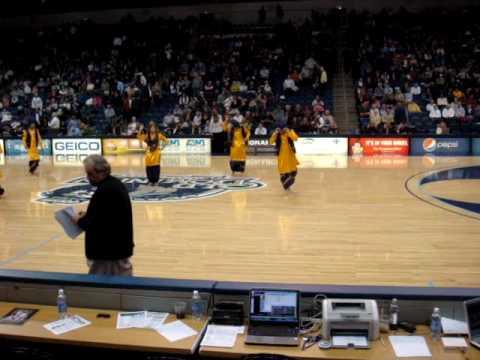 ODU Bhangra Maniacs Basketball Half-Time Show