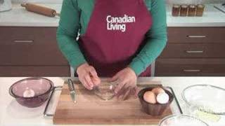 Canadian Living Food Basics: How to Separate an Egg