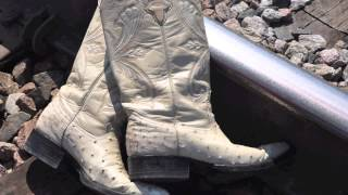 1h 30 min Música country americana / American Country Music