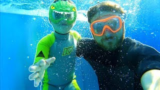 Swimming with Papa Deep Underwater at the WaterPark | Water Adventures & Sports Day