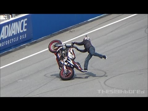 2014 MotoGP Sepang stunt show