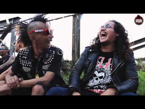 DISLAW FEAT FERY -  ICAN SEORANG PUNK (THE EASTIGER COVER) OFFICIAL MUSIC VIDEO