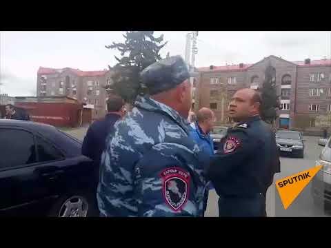 Водители из Гюмри попытались поучаствовать в автошествии в Ереван