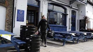 Europa se da un respiro: Reino Unido reabre las terrazas y la República Checa las escuelas