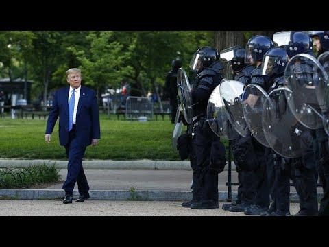 Polis şiddetiyle başlayan ırkçılık karşıtı protestolar Beyaz Saray önünde sürüyor