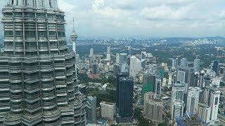 Petronas Twin Towers and Skybridge Tour (View from the 86th and 41st floor)