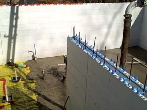 Green building alternative building method icf insulated for Insulated concrete form construction
