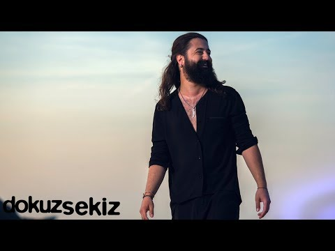 Koray Avcı - Hıçkırık Tuttu Beni (Lyric Video)