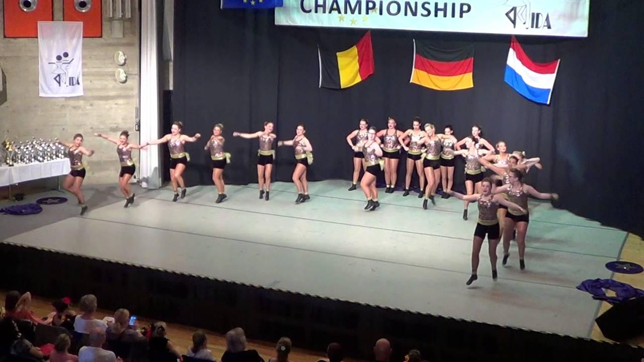 Dynamites Dance