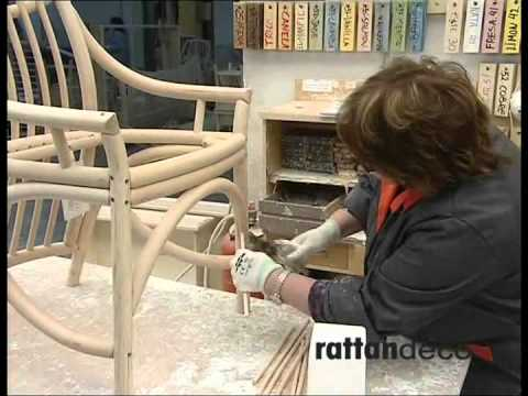 fabrication d 39 une chaise en rotin youtube. Black Bedroom Furniture Sets. Home Design Ideas