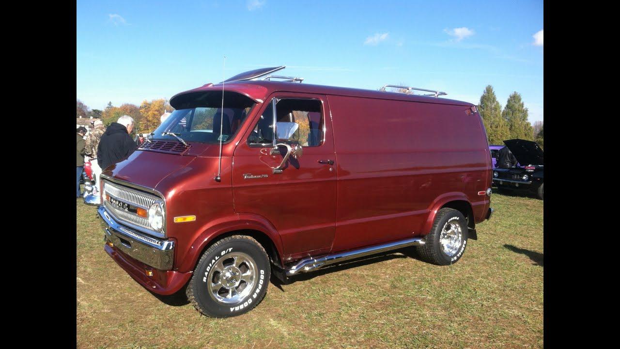 1971 Dodge Custom Street Van Shaggin Wagon