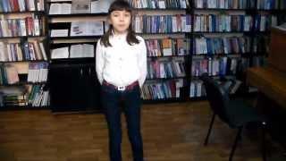 Вірші Тараса Шевченка читають школярі  в бібліотеці ім.П.Й.Панча
