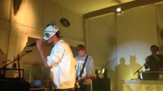 Cro - Einmal Um Die Welt ** Live N-Joy Geheimkonzert 2013 **