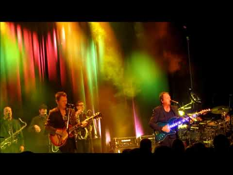 Level 42 - Running in the Family @ Pustervik Gothenburg 2018