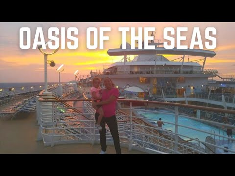 Oasis Of The Seas - Day 2 - Character Breakfast, Flowrider, Formal night, Promenade At Night & Golf