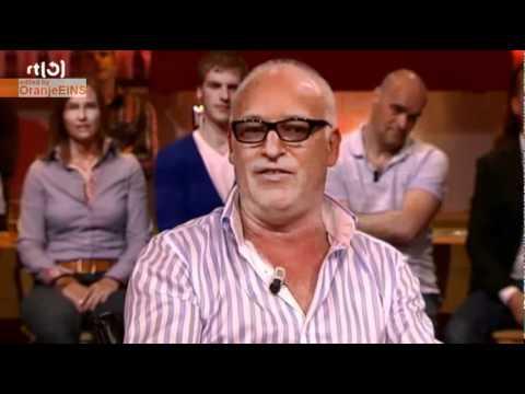 René van der Gijp over 'hooligans' VVV-Venlo (VI 13-09-2010)