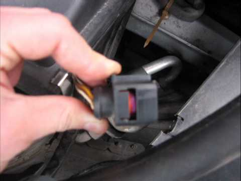 how to remove and install a xenon kit on audi a6 c5 youtube. Black Bedroom Furniture Sets. Home Design Ideas