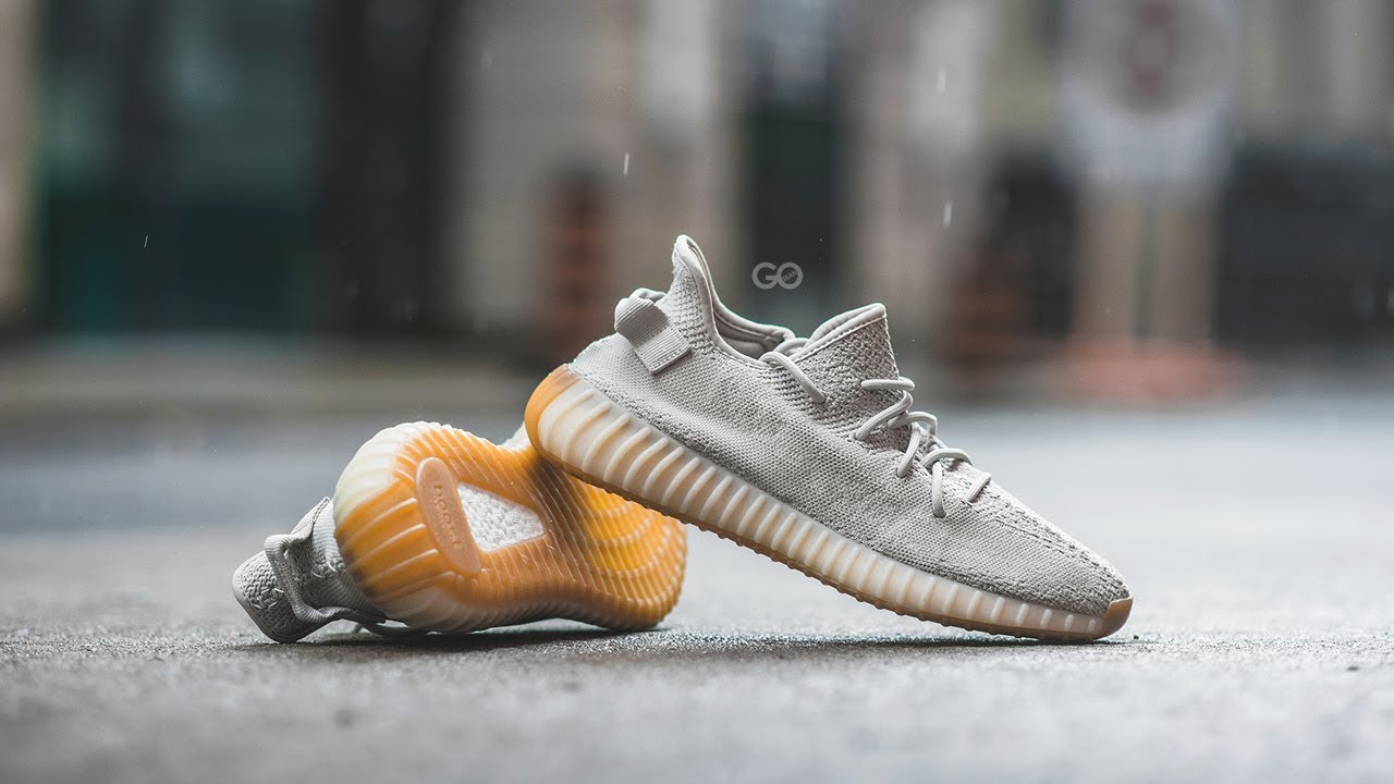 yeezy boost beluga 2.0 on feet q