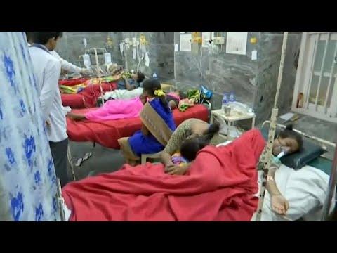 الهند: أرز بالطماطم في معبد هندوسي يقتل 11 شخصا ويصيب 90 آخرين وحديث عن .. مبيد حشري!…  - نشر قبل 40 دقيقة