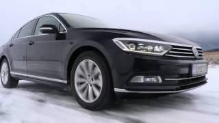 Nový Volkswagen Passat na sněhu