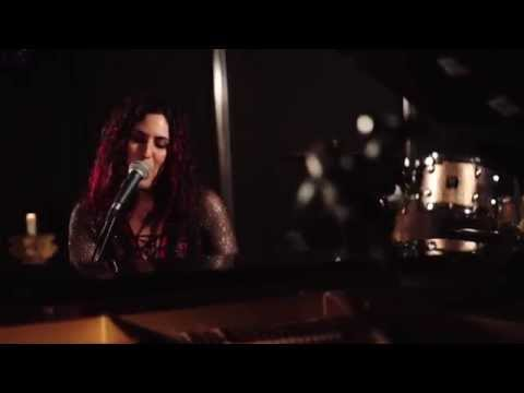Moran Magal - Poison - Alice Cooper Cover  ( Piano & Vocals )