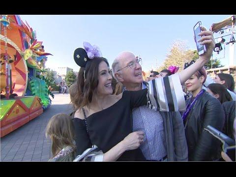 Teri Hatcher fête les 25 ans de Disneyland Paris