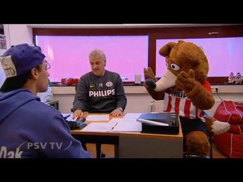 Phoxy is Paars (1): Transfer naar FC Bal op het dak / PSV TV