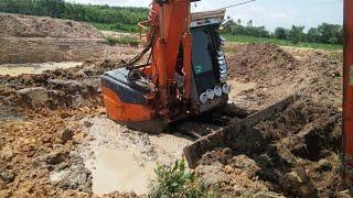 Hitachi Ex135UR-5 ติดหล่มขวัญเอยขวัญมา Excavator 27 พฤษภาคม ค.ศ. 2019