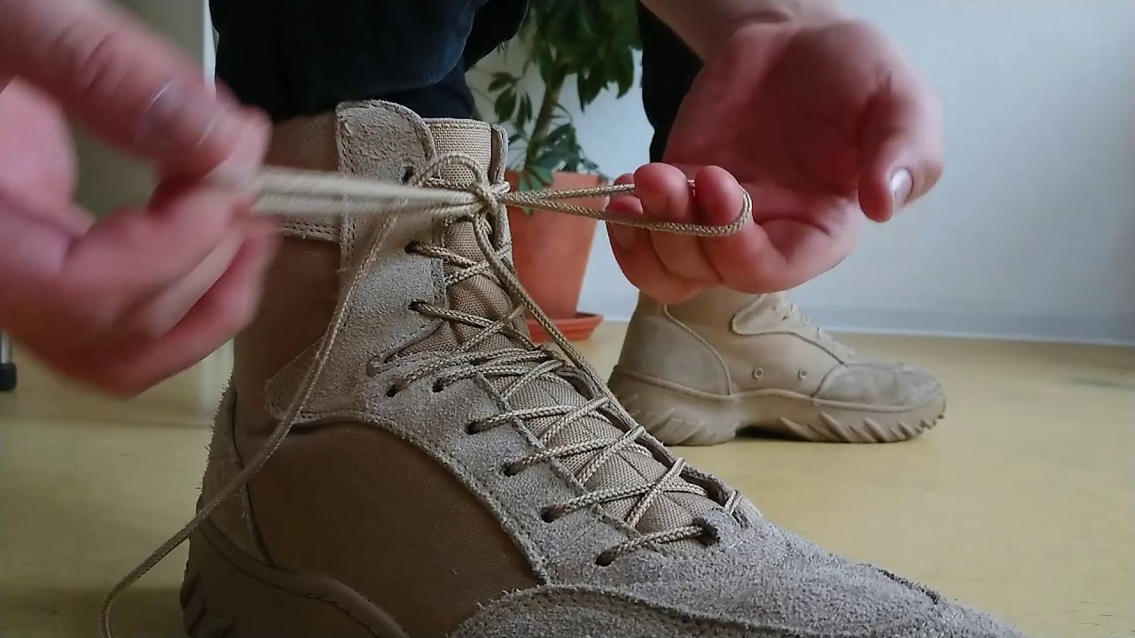 How to lace Army Boots - YouTube