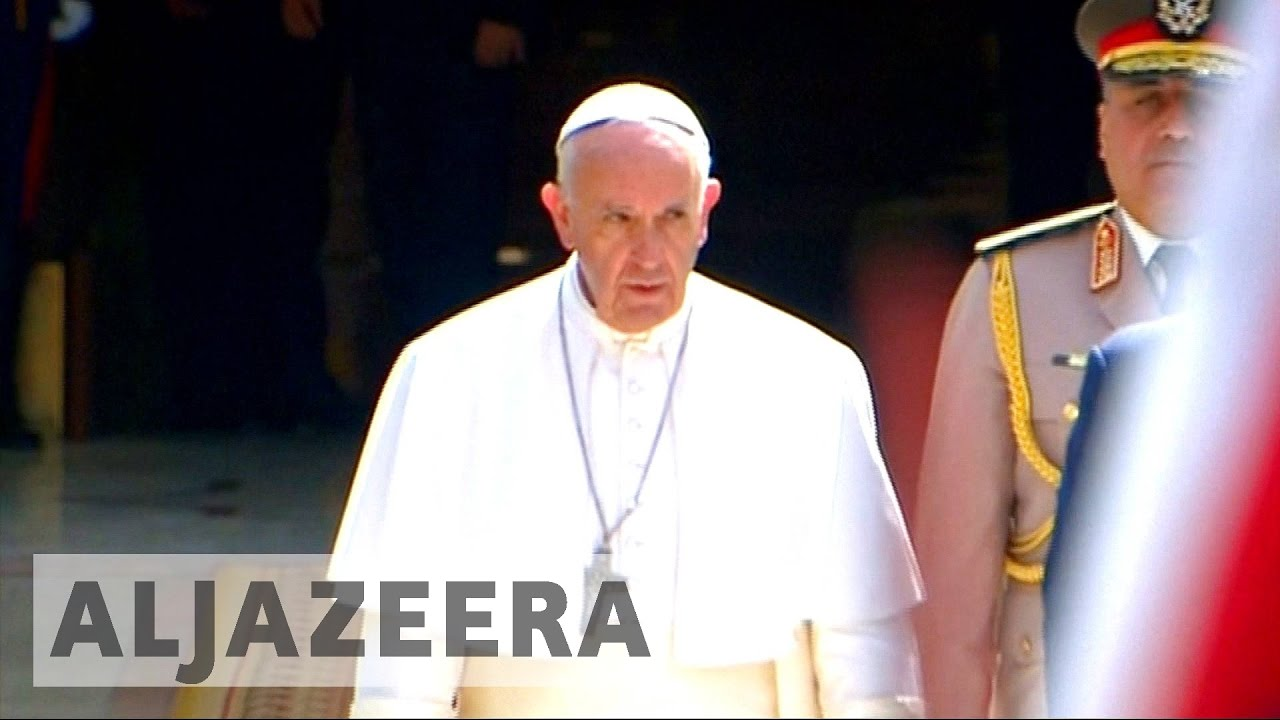 Pope Francis in Egypt to improve inter-communal ties