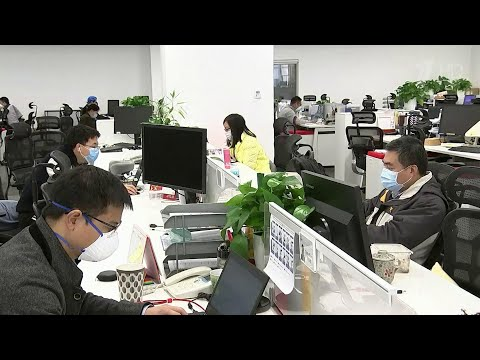 В Китае погибших от коронавируса только за сутки стало больше на 109 человек.