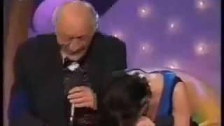 Singer Fail (blooper) Funny