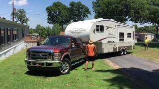 5th Wheel Parking Assistance at Ver-El RV Park and Campground