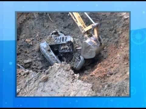 Rodeio - Carros da prefeitura são encontrados enterrados no pátio do local