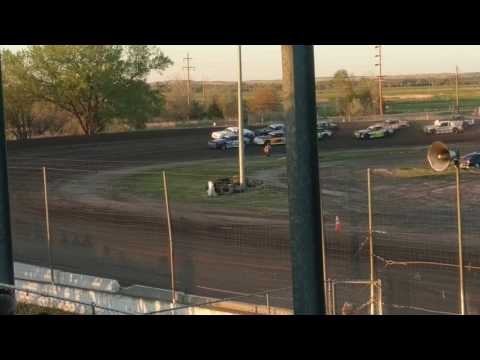 IMCA Stock Car Rolls at Lincoln County Raceway