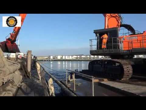 Hitachi EX1200 Super Long Reach dredging excavator