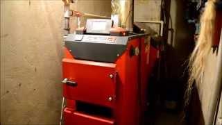 Автоматический угольный котел Defro AKM 22 кВт в работе.(Автоматический угольный котел Defro AKM 22 кВт в работе. КОТЛЫ ДЛИТЕЛЬНОГО ГОРЕНИЯ DEFRO., 2015-01-24T20:28:35.000Z)