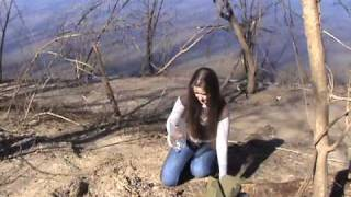 How to Make a Survival Water Filter(Visit http://www.electsake.com/survival_how-to.htm for more Videos along with Diagrams and Instruction on this and other Survival and Living Off The Land skills ..., 2010-02-26T13:42:31.000Z)