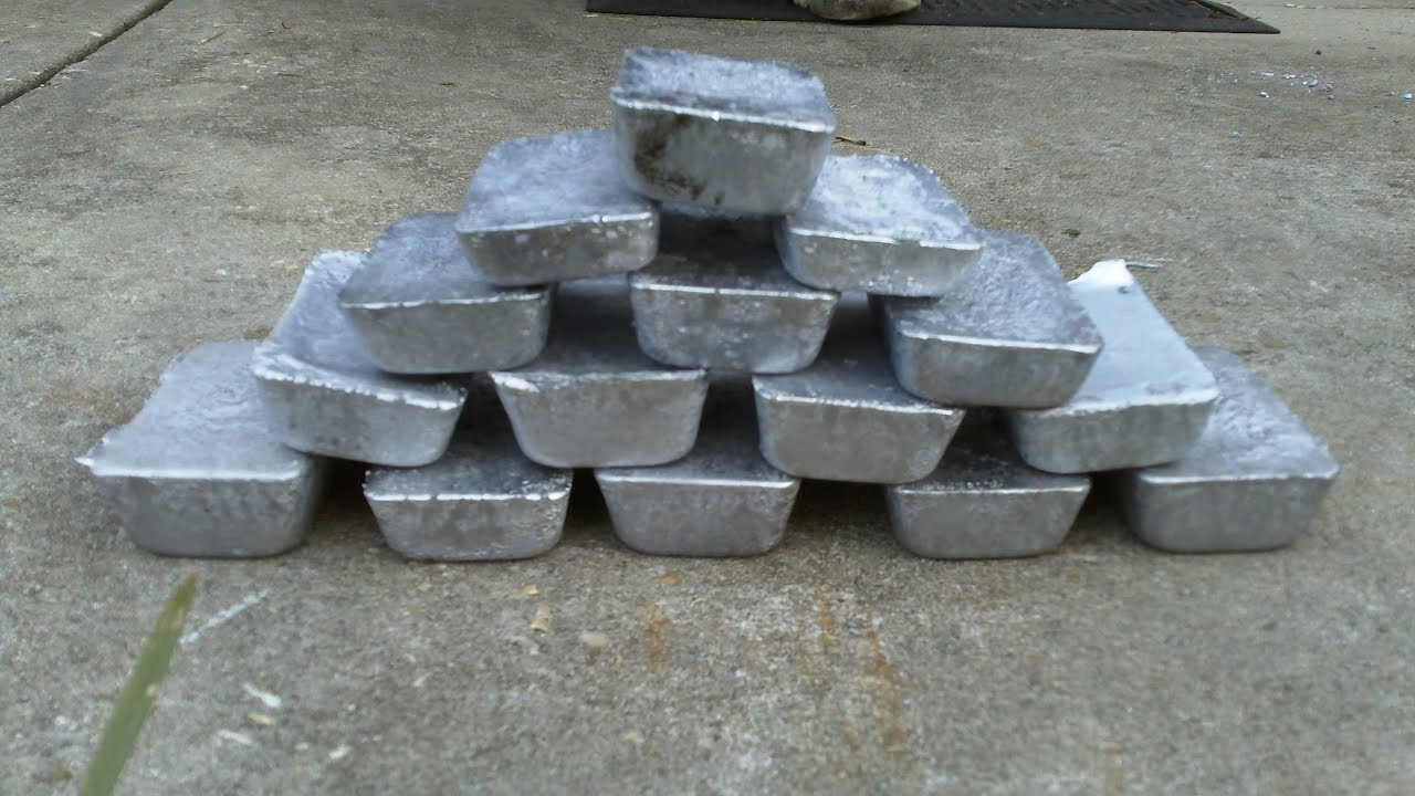 Lead Wheel Weights : Smelting lead wheel weights into bars ingots youtube