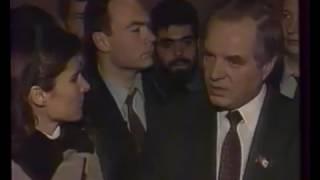 видео Расстрел Белого дома: хронология событий 4 октября 1993 года