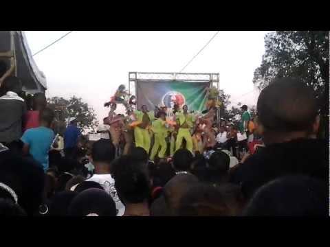 Crazy en carnaval Barrial La Placeta 2013  (HD)